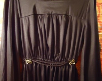 Vintage 1970s Smooth Black Front Gathered Tie Belt Dress