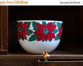 ON SALE Vintage Kaj Franck Christmas Poinsettia Enamel Holiday Bowl - Arabia Finland