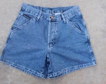 Lei vintage high waist  jean shorts size 5