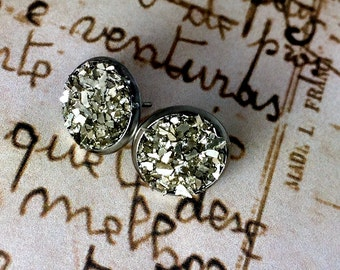 Silver Glass Glitter Post Style Earrings, Wedding Earrings, Druzy Look Earrings, Silver Earrings that Glitter and Sparkle, Stud Earrings
