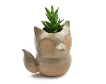 Cute fox ceramic planter - caramel/gray - made in Brazil