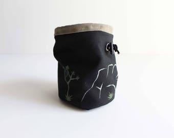 Joshua Tree - Rock Climbing Chalk Bag
