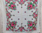Russian Floral Scarf. VINTAGE Pavlovo Posad shawl fringe. Hustka wool platok, foulard vintage, chale russe. Wedding shawl. Russian scarves