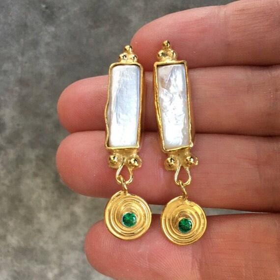 Emerald and pearl earrings