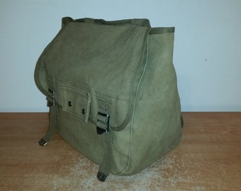Vintage Olive Green Canvas WWII U.S Army Military Field Musette Bag