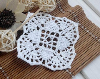 Tiny crochet doily Small crochet doily White crochet doily Cotton coaster Small doilies Crochet coasters Square doily 361
