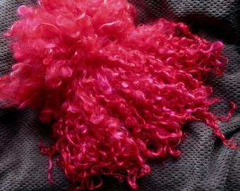 Teeswater Locks, Extra Long, Dyed, Tailspinning, 1 ounce, Doll Hair, Spin, Felt, Fleece, Candy Apple