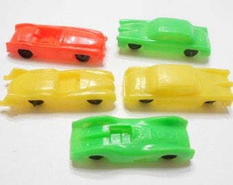 Five Vintage Toy Plastic Cars (16-C) Hong Kong