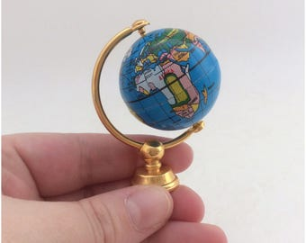 Doll House 3D World Globe Toy