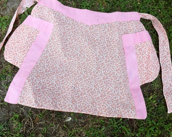 Sweet, pink floral half apron with solid pink contrast - two side pockets