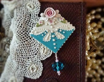 Brooch Caribbean Blue and Rose Pin
