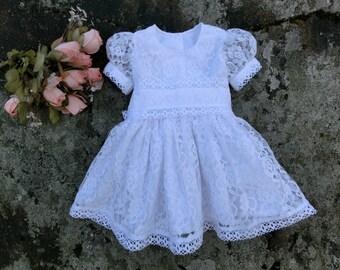 Baby girls baptism dress. Christening dress. Baby lace dress. Baby flower girl dress. White lace baby dress. Baby wedding clothing.