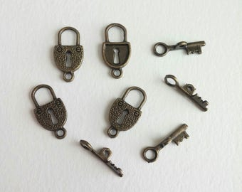 Bronze plated Key and Lock Charms