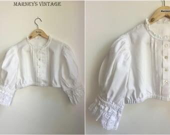 Vintage 1950s Dirndle Top - 50s White Cotton Crop Peasant Top - Cotton Lace Puff Sleeve Blouse - UK 12/14 - Medium -