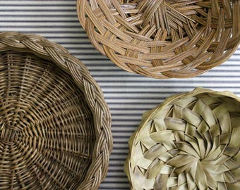 Vintage Basket Trio . Wall Basket Collection . Wicker & Rush . Storage Fruit Bread Baskets . Fixer Upper Decor . Cottage Farmhouse Decor