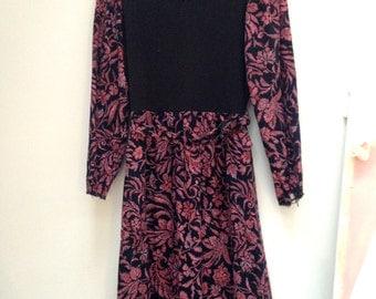 Vintage 80s Dress / 1980s Dress Folk rustic style black red Boho