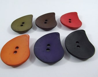 Dill Pear Drop Shaped Buttons 50mm