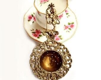SALE Antique Fleur De Lis and Lion Brass Tea Strainer,Florentine Tea Strainer, Italian Brass Tea Strainer,Victorian Style Tea Infuser