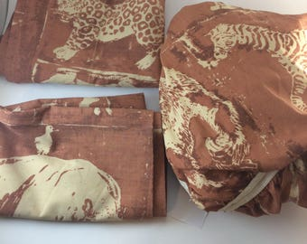 African animals twin fitted bedsheet and pillowcases 80s elephant giraffe lion tiger hippo