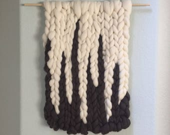 ICYCLE   Large Roving Wall Hanging in White and Dark Gray