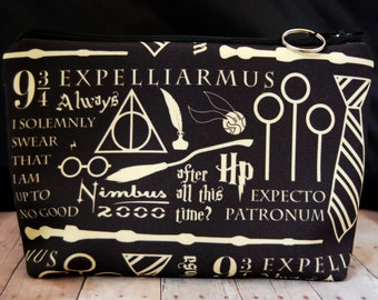 Harry Potter Zipper Pouch // Make-Up, Art Supplies, Cosmetics, School Supplies, Bag