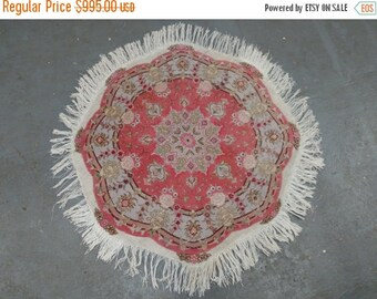 YEAR END CLEARANCE 1990s Vintage, Hand-Knotted, Round, Tabriz Persian Rug (3523)