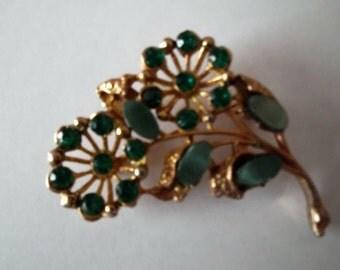 Vintage 1970s Emerald Green Diamante Floral Brooch