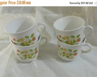 May Sale Vintage Pyrex Corelle Strawberry Sundae White Cups, Mugs Set of 4 1970s