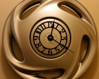 """UpCycled Hubcap Clock 15.5"""" Diameter Finished With Numbers."""