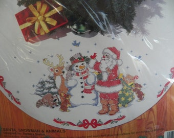 "Vintage Bucilla Cross Stitch Christmas Tree Skirt Kit~SANTA SNOWMAN & ANIMALS~44"""