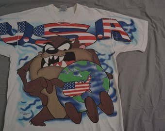Super Slammin' Vintage 1995 TAZ / USA Looney Tunes T-Shirt