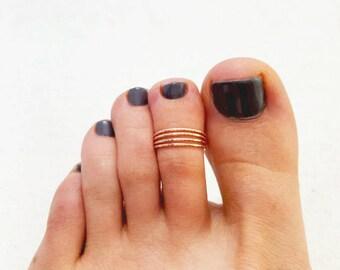 Gold Toe Ring, Adjustable 4 strand hammered 14K rose gold-filled toe ring, knuckle ring, midi ring, summer ring, 14K gold-filled