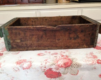 Vintage Wood Foundry Box Crate
