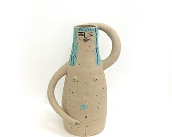 Mint haired nude vase