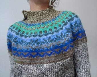 Handmade Icelandic style sweater made from best quality wool and cotton for women