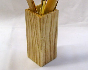 Ash paint brush holder