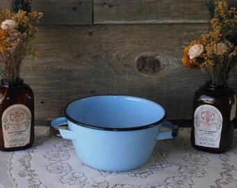 Vintage Light Blue Enamelware Bowl, 30's-40's Vintage Enamel Bowl, Farmhouse Kitchen Decor, Country Kitchen, Rustic Decor, Enamel Bowl