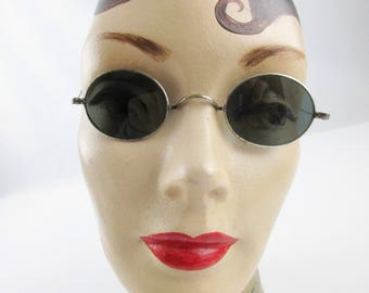 1920s Wirerim Sunglasses - Small Oval Lenses in Wire Rims - Wrap-Around Wire Earpieces - Wear Them - Retro - Super Cool Small Wirerims