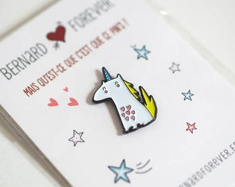 Pin's yellow unicorn