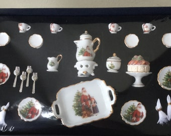 "Dollhouse Miniature Reutters Santa Tea Set  1"" scale   (Itz)"