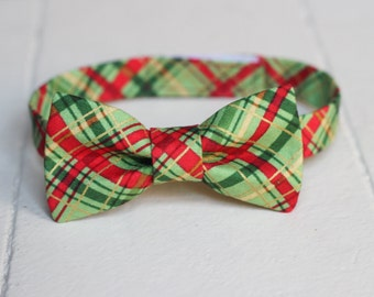 Boys Green Plaid Bow Tie - Green Christmas Bow Tie, Green Bow tie, Baby Bow Tie, Little Boys Bow Tie, Toddler Bow Tie , Toddler Boys Bow Tie