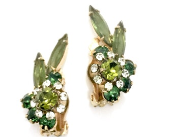 Juliana D&E Green Rhinestone Earrings, Olivine Emerald Peridot Rhinestones, Gold Tone Clip-on, Vintage, Wedding Jewelry, Special Occasion