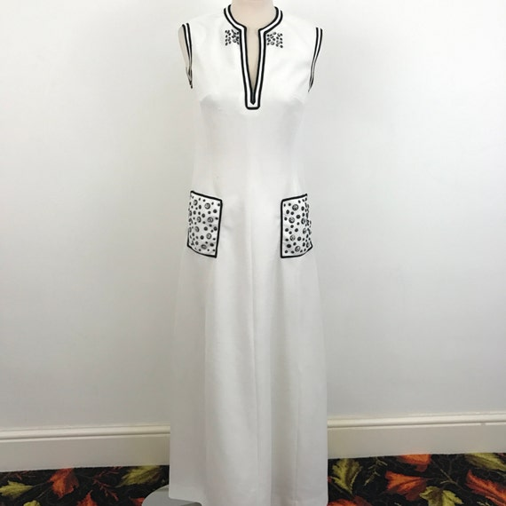 Maxi dress navy white vintage straight cut 1970s disco frock Mod evening polyester shift style UK 10 70s crimplene spotted