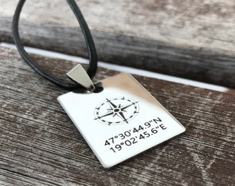 Mens Necklace Personalized Fathers Day Gift  Men Custom Compass Leather Necklace Secret Message Customized Gifts for Men Coordinates Jewelry
