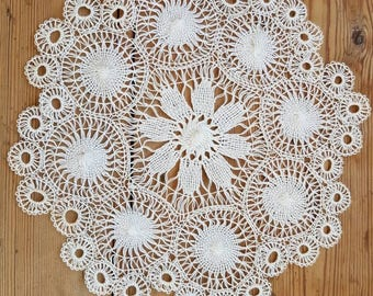 Gorgeous openwork lace/ tablecloth/dolly in linenthread  from Sweden