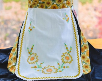 Sunflower Vintage Embroidered Apron