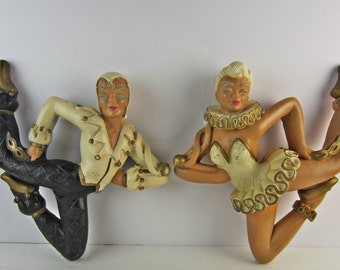 Pair Vintage 1950s Chalkware Harlequins Ballet Dancers Retro Wall Decor Nice!