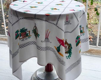 Cute retro rayon supper cloth ~ c1960s rayon table throw