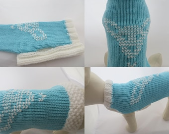 Chihuahua Clothes,  hand knitted dog sweater with a Chihuahua picture in Baby Blue and white.  Length 9 inches 23 cm