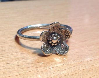 Dew drops sterling silver flower ring